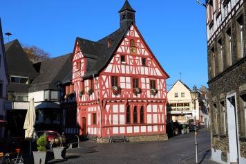 Rathaus Rhens