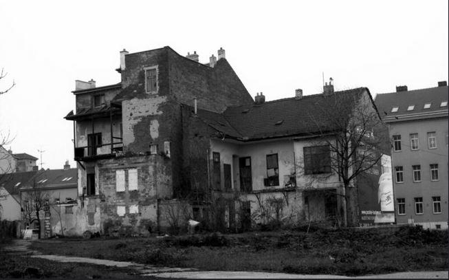 Jaroslav A. Polák auf Flickr zerfallenes Haus